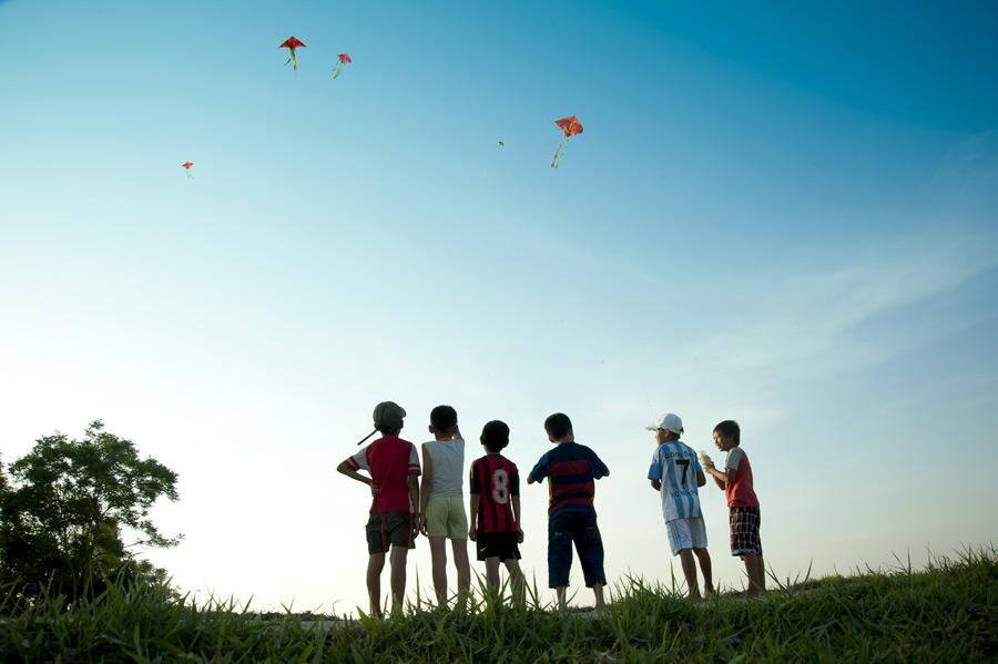 小学生、遊ぶ