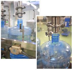 ビスフェノールAが含まれたボトルは加熱殺菌等で溶けだす危険性も